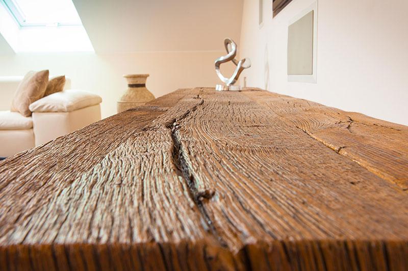 Eiche Altholz mit Originaloberfläche